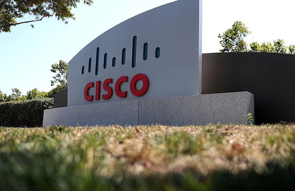 Cisco Eyes Replacing Data Centers with Cloud, Cautiously