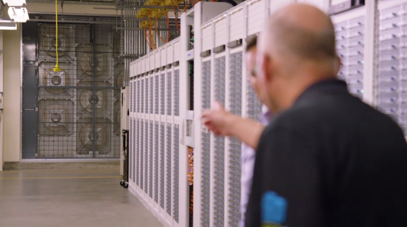 Here's How the Software-Defined Network that Powers Azure Works