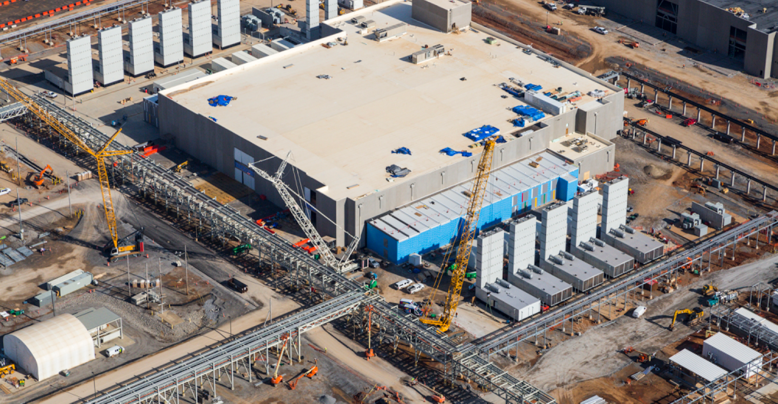 The Cloud Data Center Construction Boom, in Two Charts