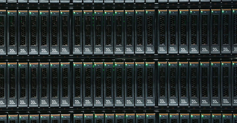 Cloud Data Warehouse Unicorn Snowflake Raises $450M | Data Center