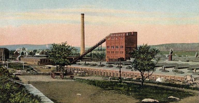 Great_Northern_Paper_Company_Mill,_Millinocket,_ME.jpg
