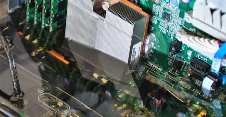Intel Embraces Submerging Servers in Oil