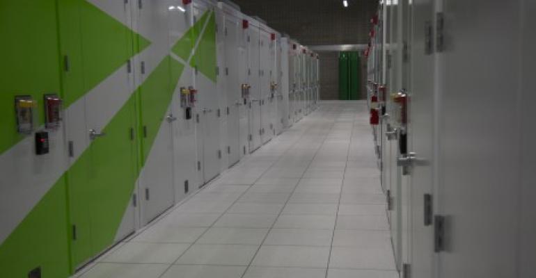 Photo Tour Centurylink And Io Light Up Phoenix Data Center Data
