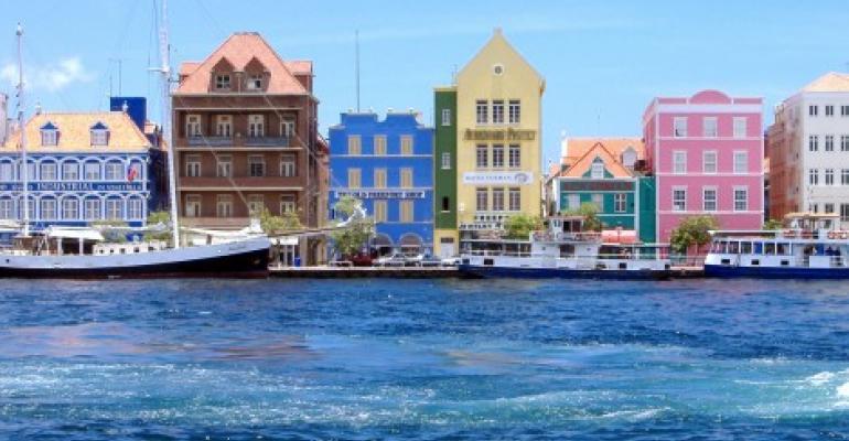 Report: UIG Building Apple Data Center in Curaçao