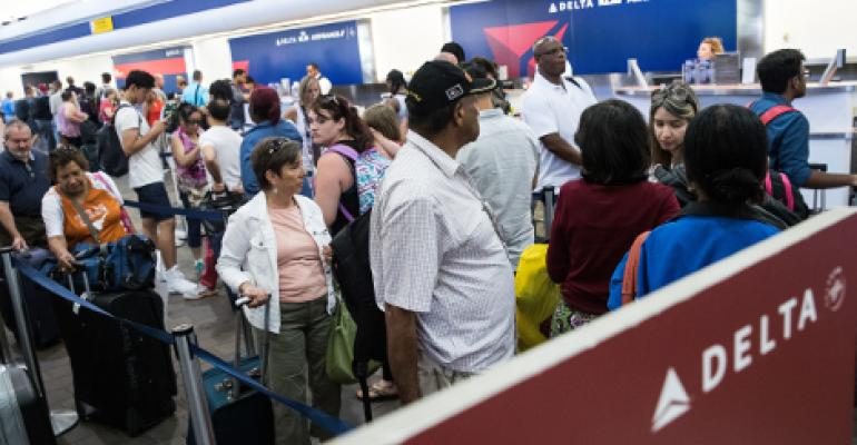 Delta Cancels 280 Flights Due to IT Outage