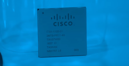 Cisco Silicon One Q100 chip for data center switches