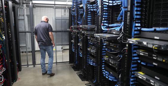 Inside a LightEdge Solutions data center in Altoona, Iowa (2019)