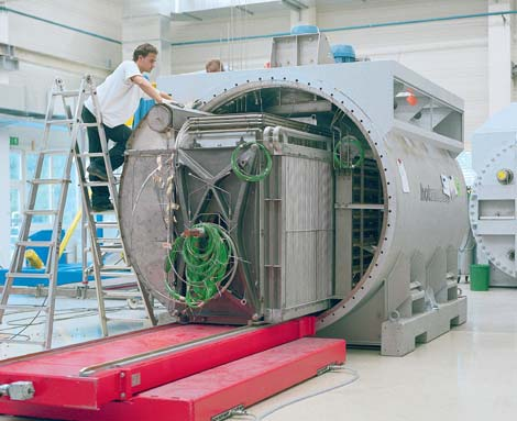 T-Systems is using this Molten Carbonate Fuel Cell to power a Munich data center with biomethane.
