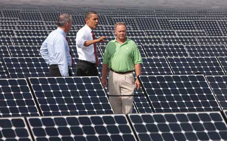 President Barack Obama tours a solar power generation facility in Florida Wednesday (Photo:WhiteHouse.gov).