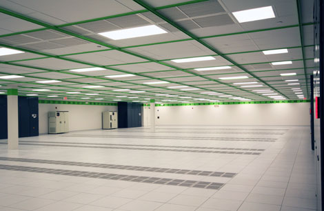 ColoHub has three 10,000 square foot data halls available in its new multi-tenant data center in Bettendorf, Iowa. (Photo: ColoHub)