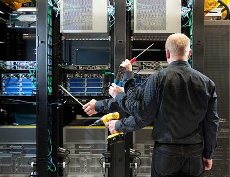 The Year in Downtime: The top 10 Data Center Outages of 2013