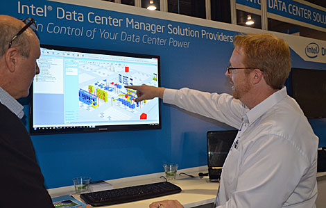 Dan Fry, Senior Vice President of Software Development, iTRACS, demonstrates the company's DCIM tool which includes 3-D visualization of the data hall.