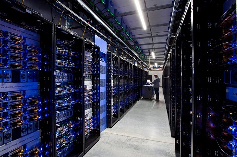 A technician at work in a data hall at Facebook's Altoona data center. (Photo: @2014 Jacob Sharp Photography)
