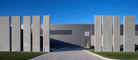 Exterior of Facebook's Altoona data center. (Photo: @2014 Jacob Sharp Photography)