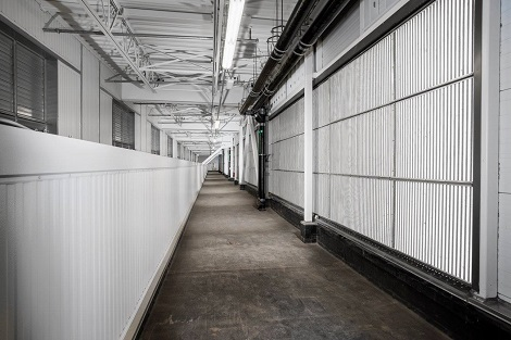 Intake room at Facebook's Altoona data center. (Photo: @2014 Jacob Sharp Photography)