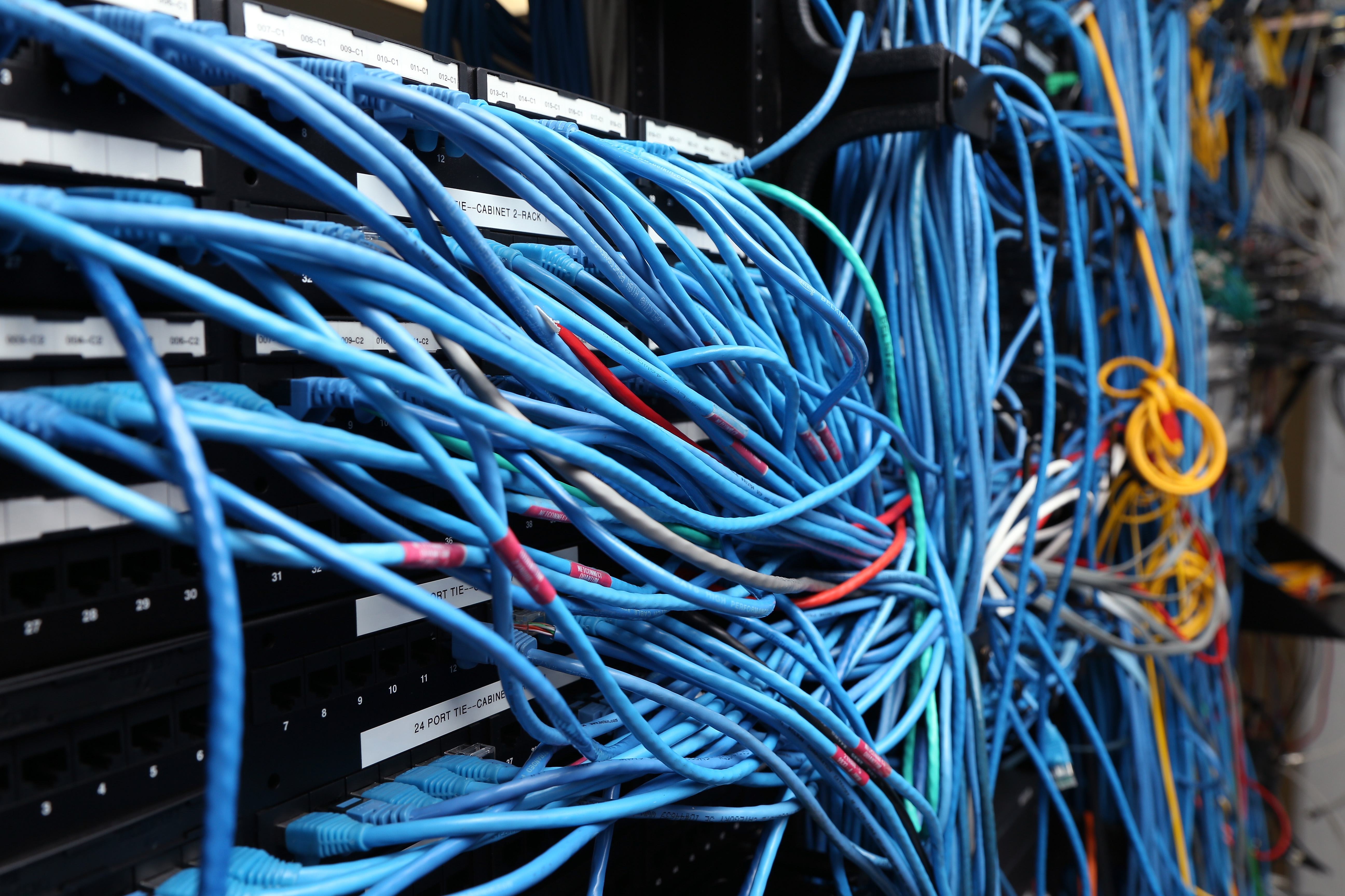 Network%20cables%20server%20room%20getty 3