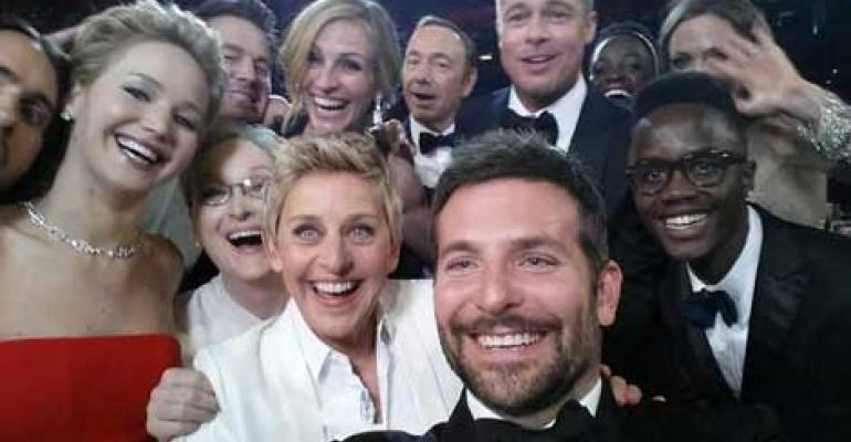 All-Star Oscar Selfie Crashes Twitter