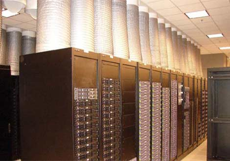 A look at the containment system in the Oracle data center in Austin, Texas.